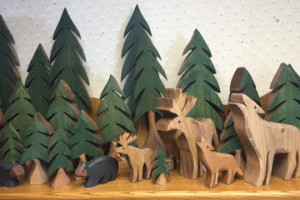 Handcarved artwork by Country Pine of Ely is at Great Gifts of Lutsen.