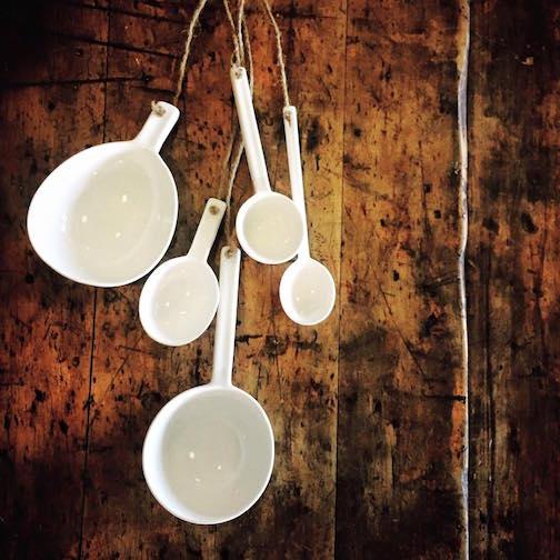 Porcelain spoons by Niels Ditema.