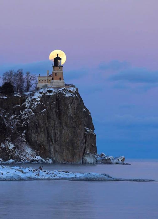 Full Moon at Split Rock by David Barthel.