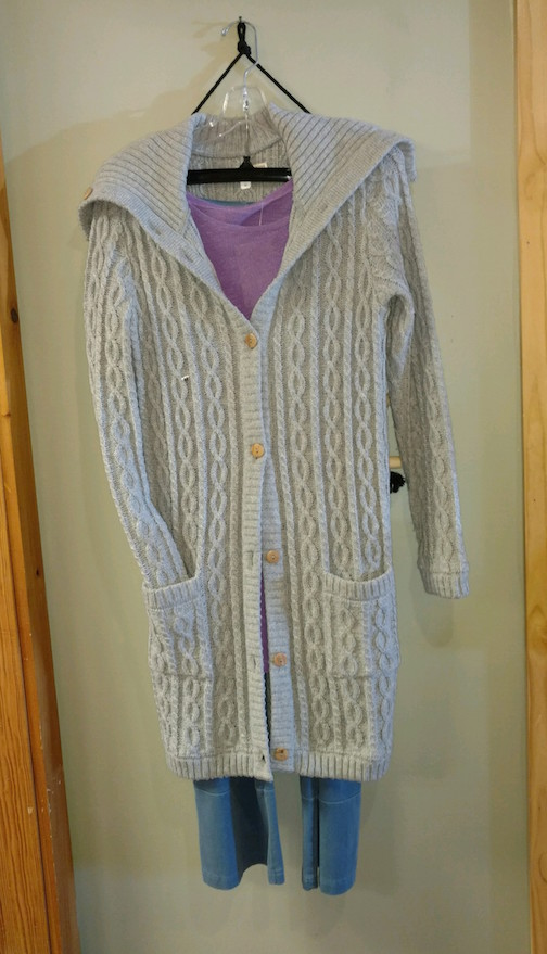 Great Gifts of Lutsen features a wide variety of woolens by Baltic Inspsirations.