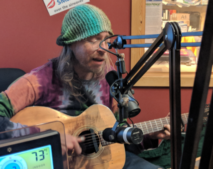 Charlie Parr performs one of his songs on WTIP's
