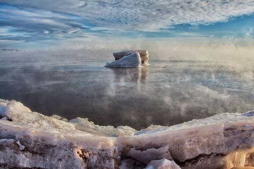 Do large chunks of ice qualify as ice bergs> by Mike Chrun.
