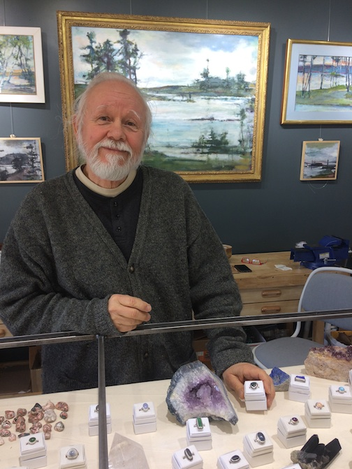Ron Piercy has opened the doors to his new gallery, Yellowbird Fine Art.