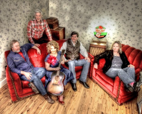 Bluegrass singer Valerie Smith and her band, Liberty Pike, are featured at this year's Bluegrass Master's weekend.