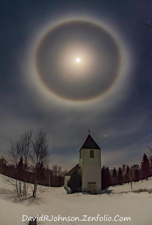 An awesome moon halo by David Johnson.