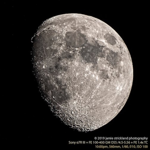 Another clear night, another stellar moon by Jamie Strickland.