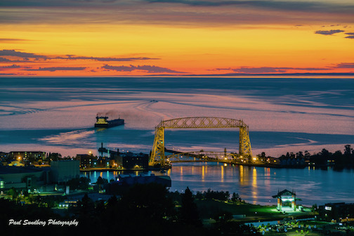 Heading downlake in Duluth by Paul Sundberg.