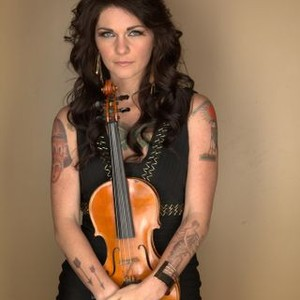 Nashville musician, Caitlin Nicol-Thomas will be a guest on The Roadhouse this Friday.