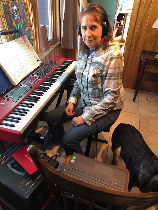 Martha Marnocha is online doing live practicing with new friends in Sussex,England.