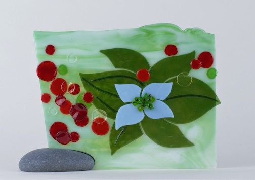 Bunchberry. fused glass, by Nancy Seaton.