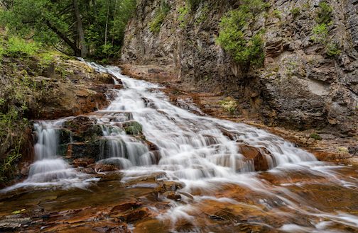 Low flow, go slow. Photograph by Bryan Hansel.